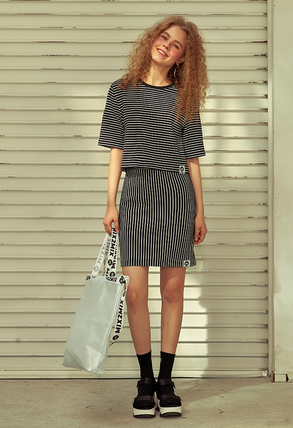 [70%단기세일] [MSBK01_02BK] STRIPE SKIRT